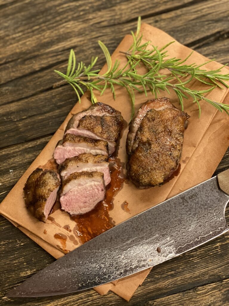 Grilled Andebryst & Njord Chefknife